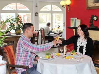 """Hotel und Restaurant """"Zum Strandläufer"""""""