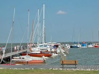 Hafen und Wasserwanderrastplatz Dierhagen Dorf