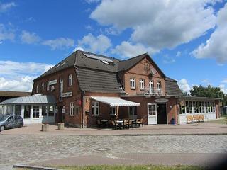 """Gasthof und Hotel """"Scharfe Kurve"""""""