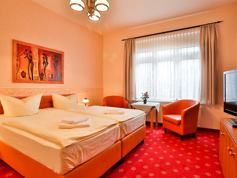 """Hotel & Pension """"Villa Camenz"""""""