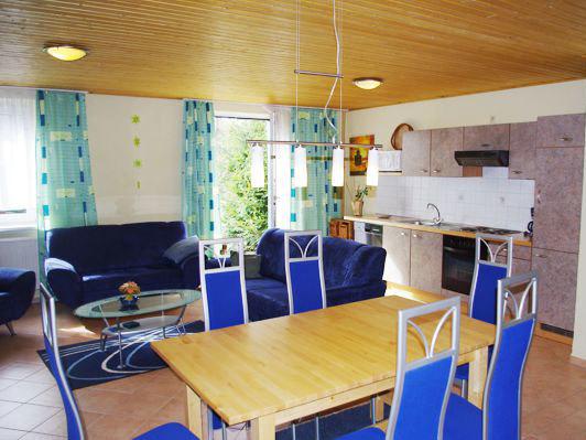Ferienwohnungen - Ferienanlage Waldhaus