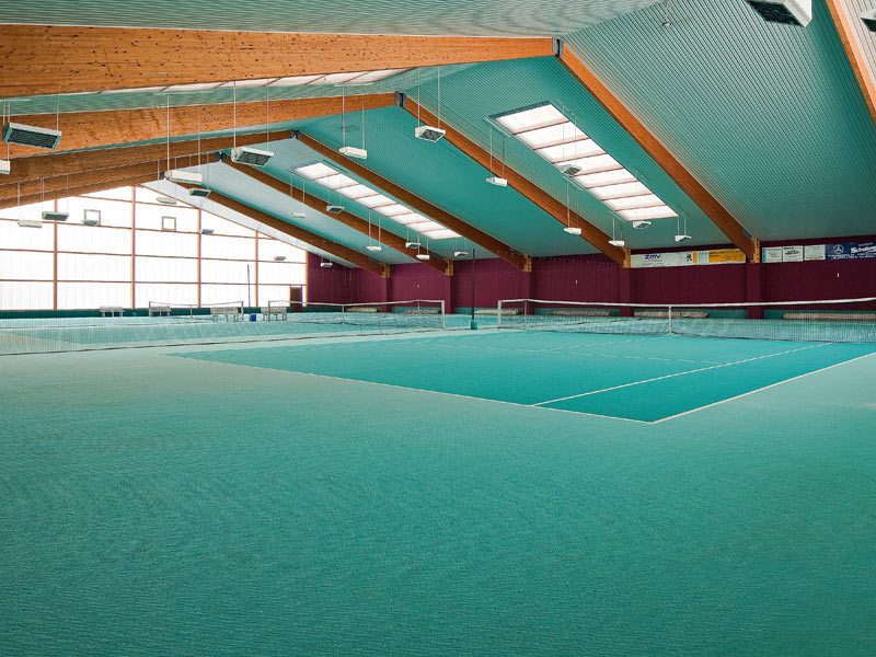 Tennis- & Squash-Center im Hotel Trebeltal