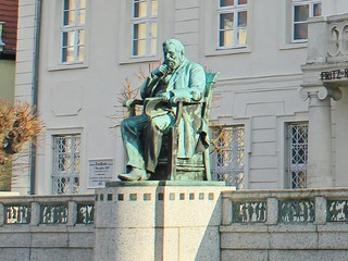 Fritz-Reuter-Denkmal