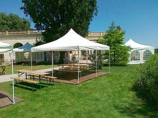 Wir kümmern uns um Ihre Feier vom Zelt bis zur Versorgung...