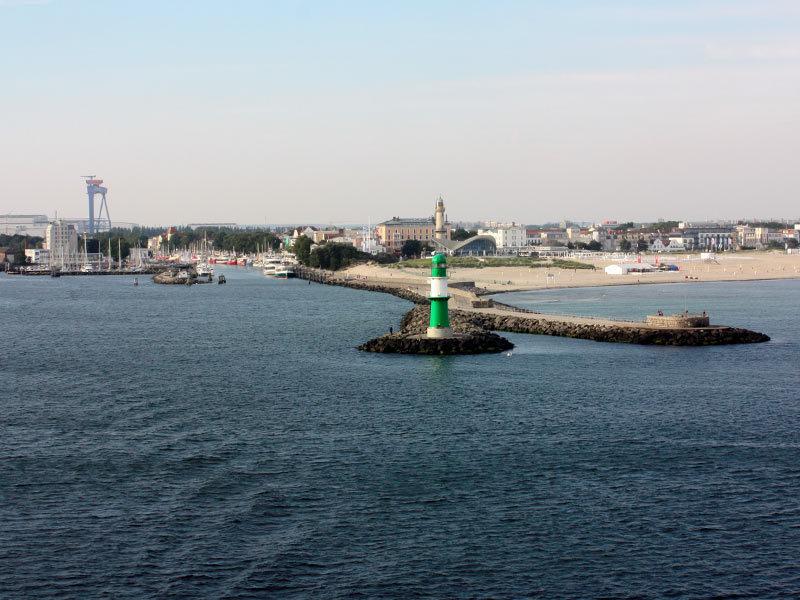 Kreuzfahrten ab Rostock - Erlebnis Warnemünde Cruise Center