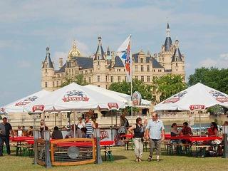 Erlebnisreise nach Schwerin mit Eintritt für das Schloss