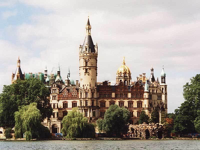 Besuchen Sie Schwerin mit Schloßbesichtigung