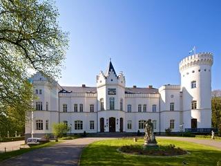 Schloss & Schlosspark Schlemmin