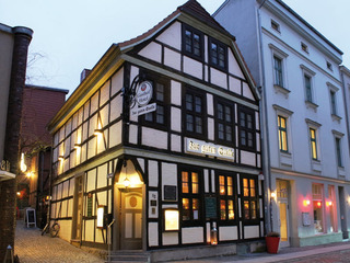 """Gasthaus und Hotel """"Zur guten Quelle"""""""